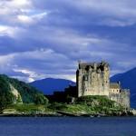 Eilean_Donan_Castle_Loch_Duich_Scotland_1