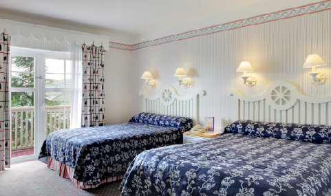 Newport Bay room.1
